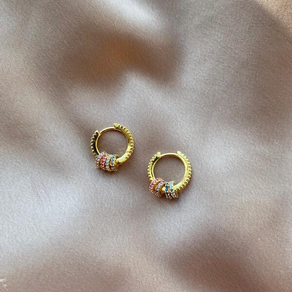 - 1.0 Renkli Taşlı 4 Halkalı Küpe | 925 Gümüş