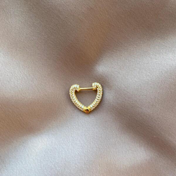 - 1.1 Tekli Beyaz Taşlı Kalp Küpe | 925 Gümüş
