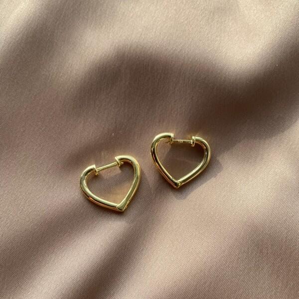 - 1.5 Kalp Küpe | 925 Gümüş