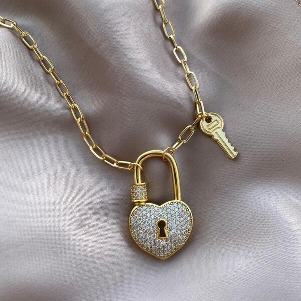 - Anahtar Figürlü Büyük Kilit Kolye