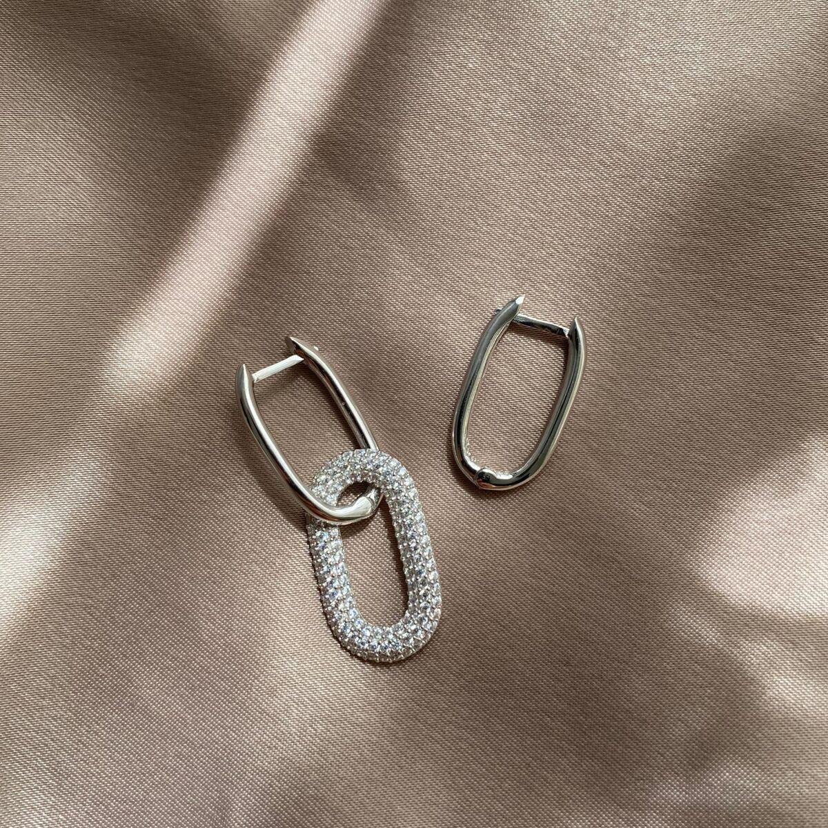 B Beyaz Taşlı İkili Dikdörtgen Küpe | 925 Gümüş