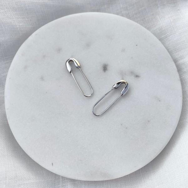 - B Çengelli İğne Küpe | 925 Gümüş