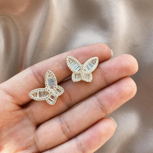 - Baget Taşlı Kelebek Figürlü Küpe | 925 Gümüş
