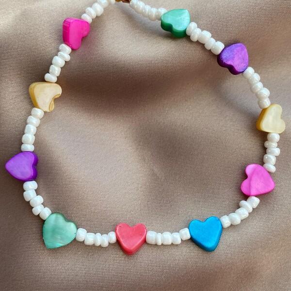 Fi Season - Beyaz Boncuklu Renkli Kalp Choker