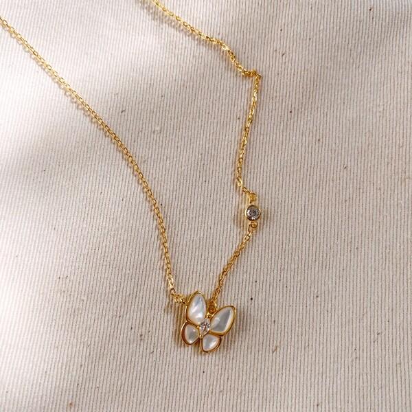 Fi Season - Beyaz Mineli Kelebek Figürlü Kolye | 925 Gümüş
