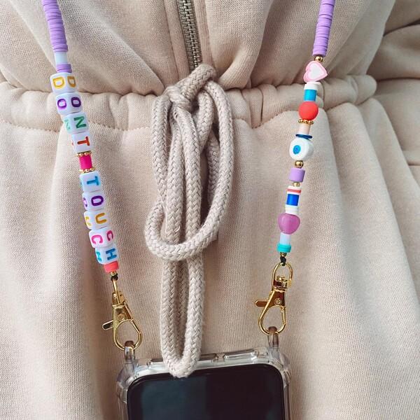 - Beyaz Nazar Boncuklu Telefon Kabı ve Askısı