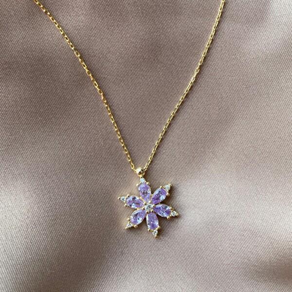 Fi Season - Etrafı Taşlı Lila Taşlı Çiçek Kolye | 925 Gümüş