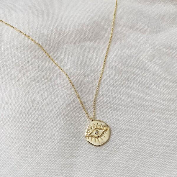 - Göz Figürlü Taşlı Madalyon Kolye | 925 Gümüş