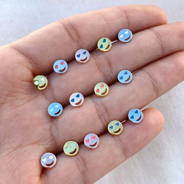 Fi Season - Gözleri Kalpli Gülen Yüz Piercing | 925 Gümüş