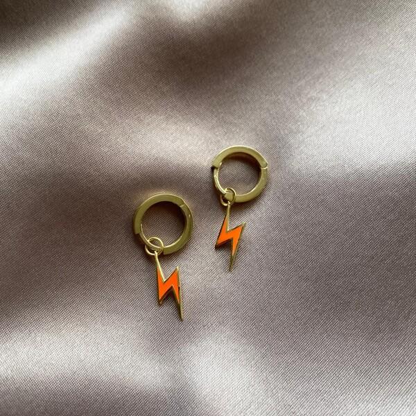- Halkalı Turuncu Mineli Şimşek Küpe | 925 Gümüş