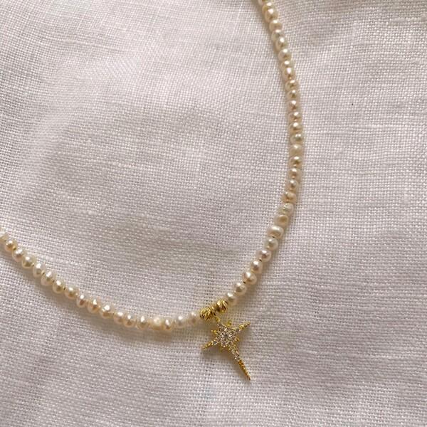 - İncili Beyaz Taşlı Kutup Yıldızı Kolye | 925 Gümüş