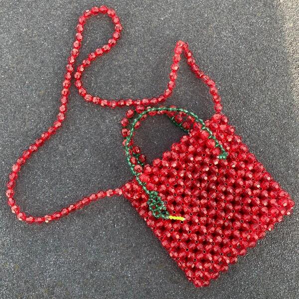 Fi Season - Kırmızı Boncuklu Yılan Figürlü Çanta