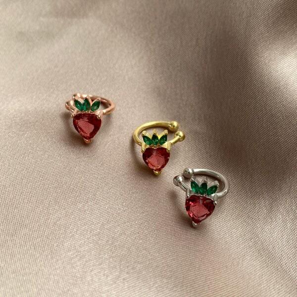 Fi Season - Kırmızı Taşlı Çilek Ear Cuff | 925 Gümüş