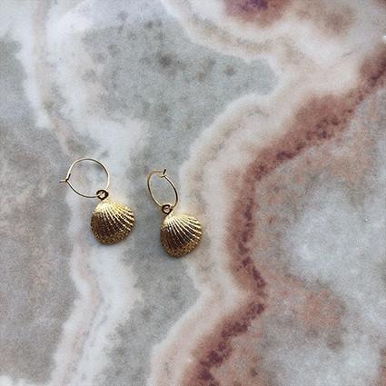 - Küçük Deniz Kabuğu Küpe