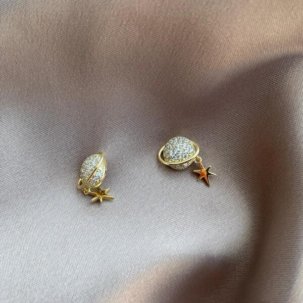 - Kutup Yıldızlı Saturn Küpe | 925 Gümüş