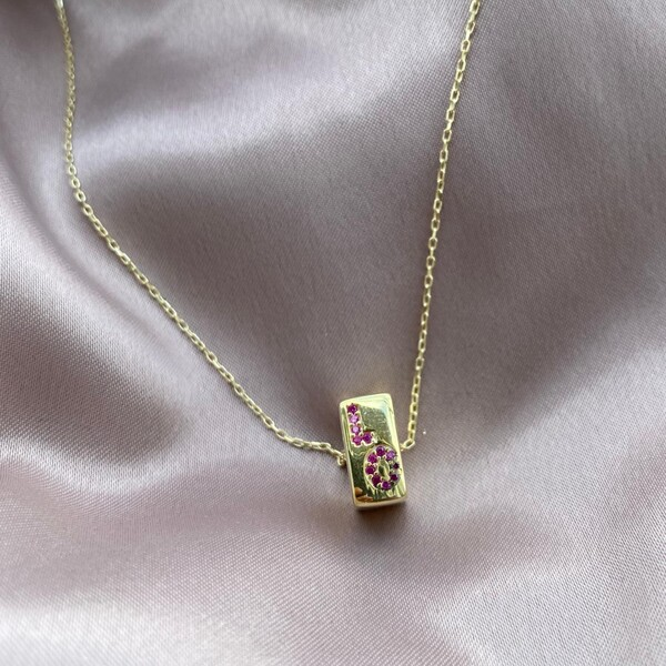 - Love Yazılı Küp Kolye | 925 Gümüş