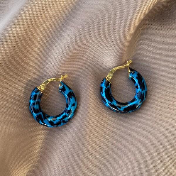 Fi Season - Mavi Renkli Kalın Halka Leopar Küpe   925 Gümüş