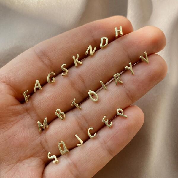 - Minik Harf Piercing | 925 Gümüş