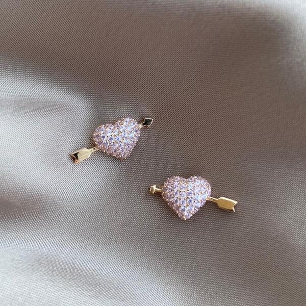 - R Açık Pembe Taşlı Kalp Küpe | 925 Gümüş