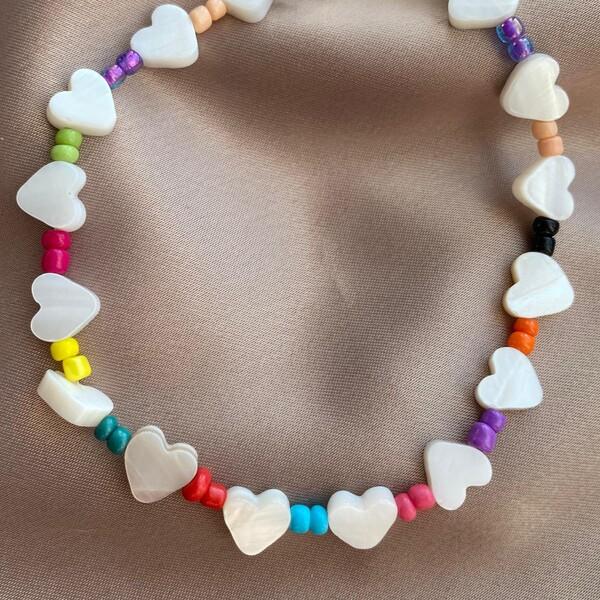 Fi Season - Renkli Boncuklu Beyaz Kalp Choker