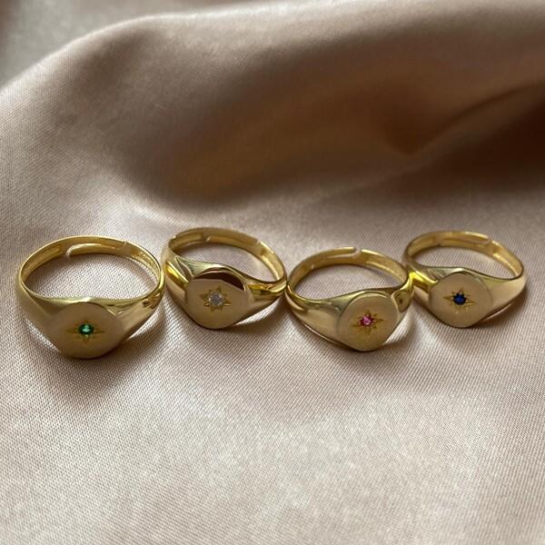 - Renkli Taşlı Minik Kutup Yıldızı Figürlü Yüzük   925 Gümüş
