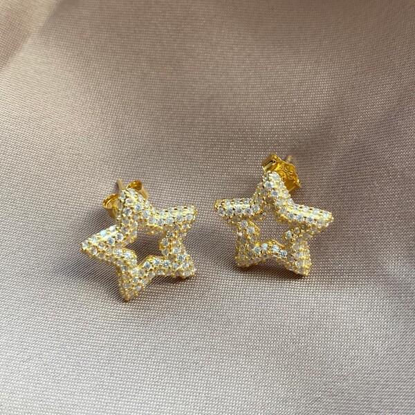Fi Season - Tamamı Taşlı Yıldız Küpe   925 Gümüş