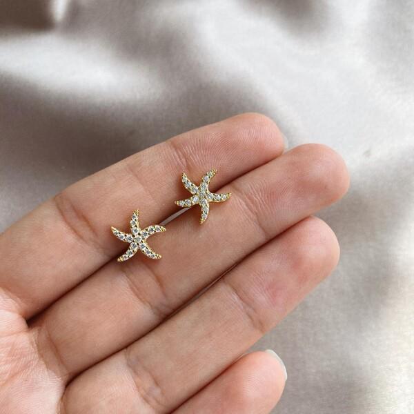 - Taşlı Deniz Yıldızı Küpe | 925 Gümüş
