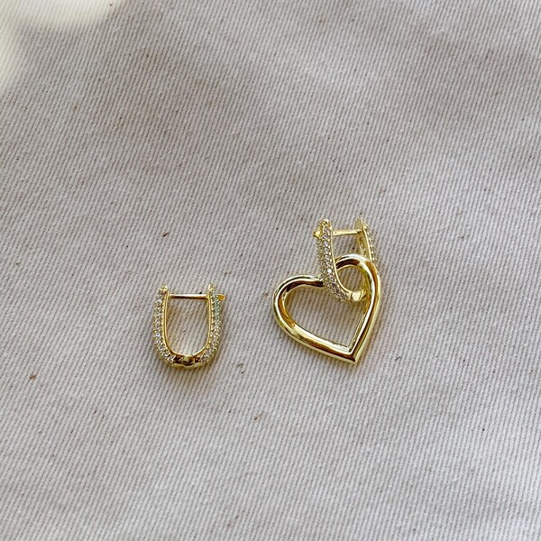 - Taşlı Halkalı Kalp Küpe | 925 Gümüş