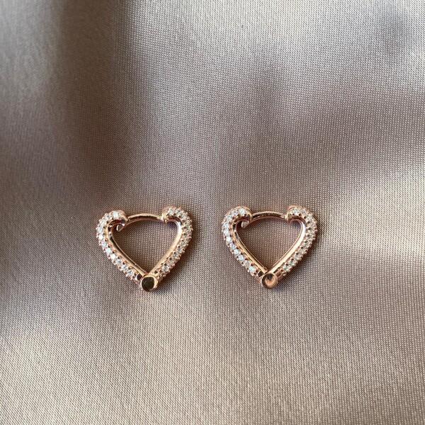 Fi Season - Taşlı Kalp Küpe | 925 Gümüş