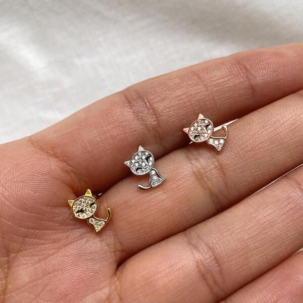 Fi Season - Taşlı Kedi Figürlü Piercing | 925 Gümüş