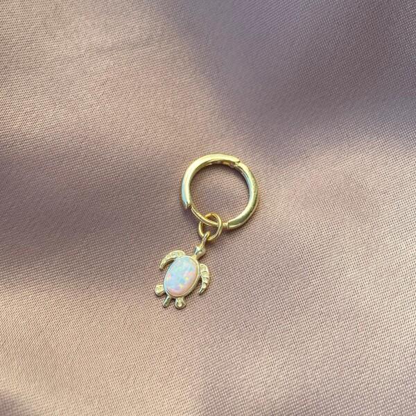 - Tekli Beyaz Opal Taşlı Kaplumbağa Küpe | 925 Gümüş