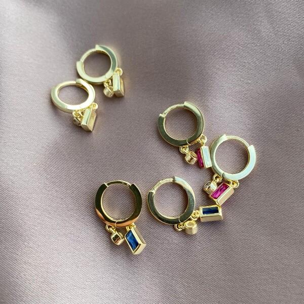 - Tekli İki Renkli Baget Taşlı Küpe | 925 Gümüş