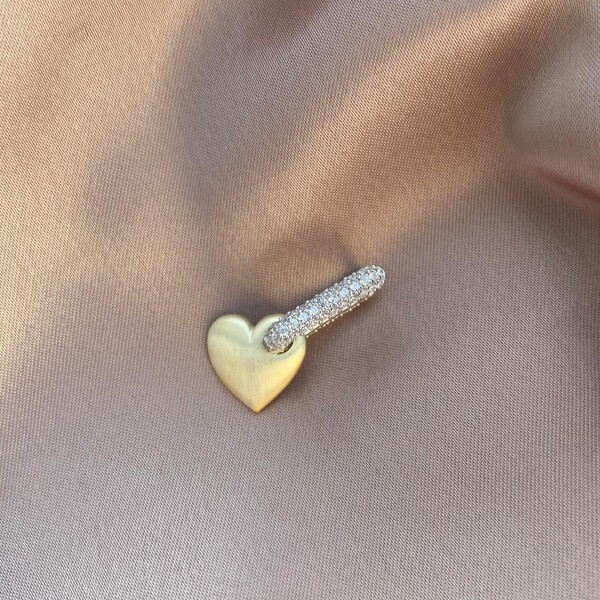 - Tekli Mat Kalpli Taşlı Dikdörtgen Küpe | 925 Gümüş