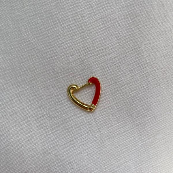 - Tekli Yarısı Kırmızı Mineli Kalp Küpe | 925 Gümüş