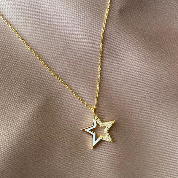 Fi Season - Yarısı Taşlı Beyaz Mineli Yıldız Kolye | 925 Gümüş
