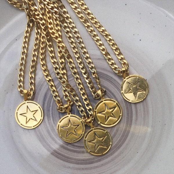 - Yıldızlı Madalyon Kolye